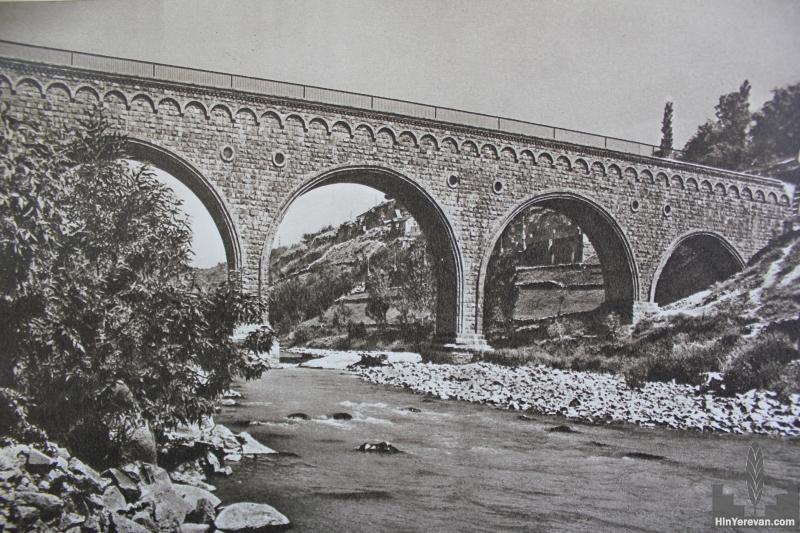 Ջրանցույց (ակվեդուկ) Հրազդան գետի վրա